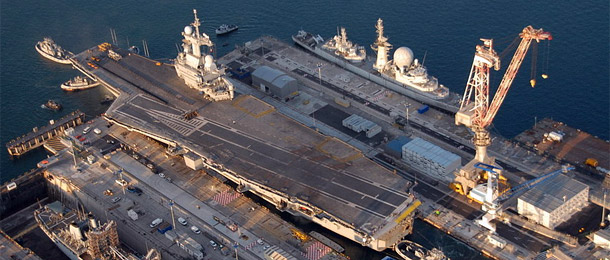 porte-avions-charles-de-gaulle-reparation
