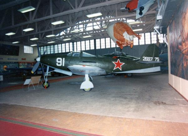 """Le superbe P-63 """"Fred"""" du musée russe de Monino."""
