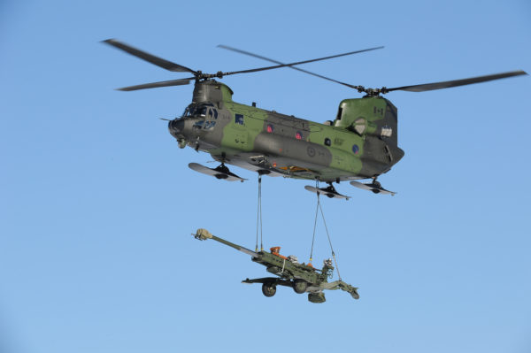 Boeing-Vertol CH-147 Chinook.