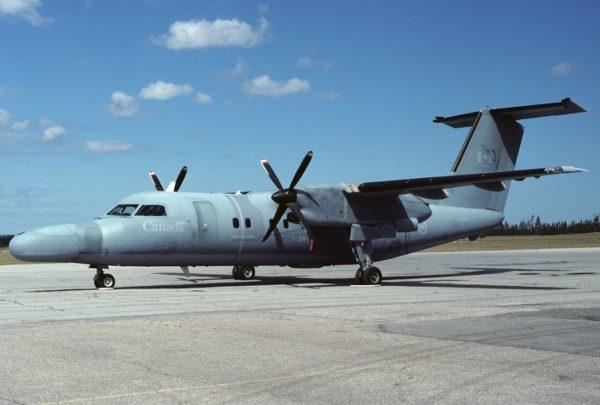 De Havilland Canada CT-142 Dash.