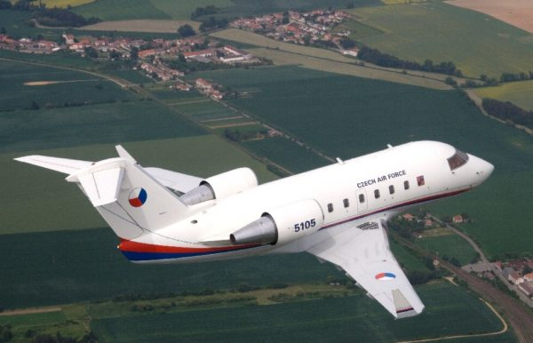 Bombardier CL-601 Challenger.