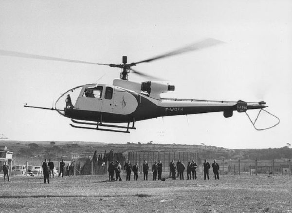 Aérospatiale SA-340 : le prototype de la Gazelle sans le célèbre Fenestron.