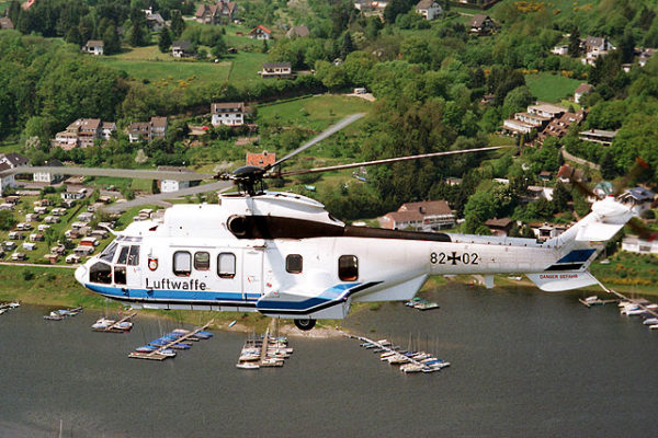 Eurocopter AS-532U3 Cougar.