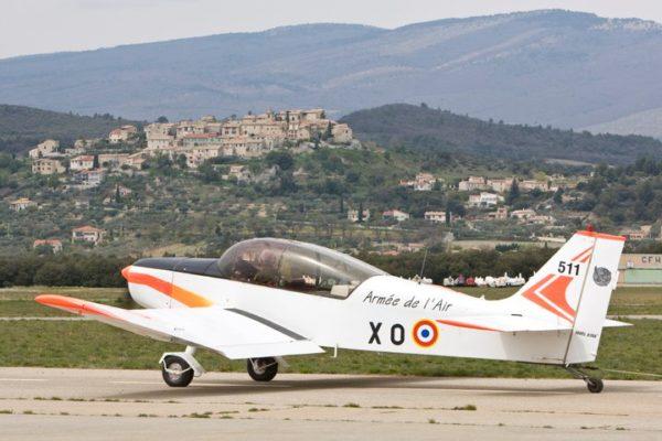 Jodel D-140R Abeille.
