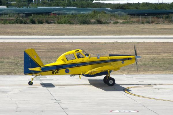 Air Tractor AT-802F.
