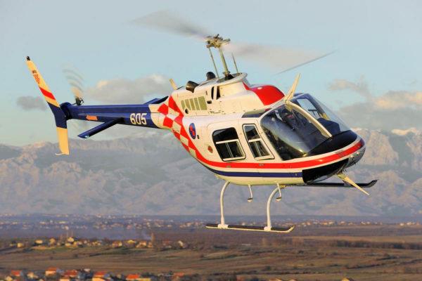 Bell 206B JetRanger.