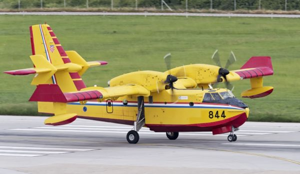 Bombardier CL-415A.