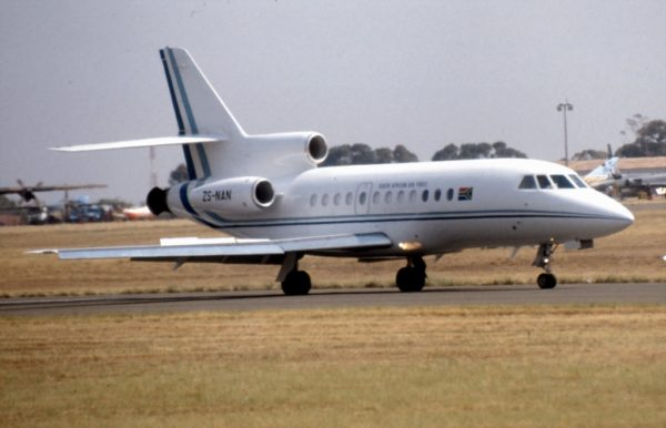 Dassault Falcon 900B.