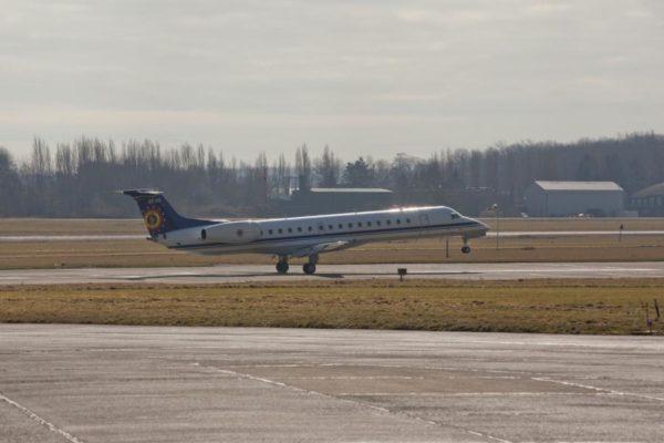 Embraer ERJ-145LR.