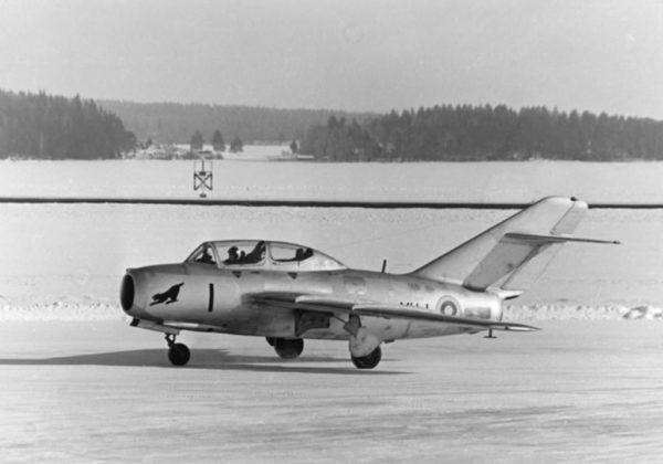 Finlande Mig 15