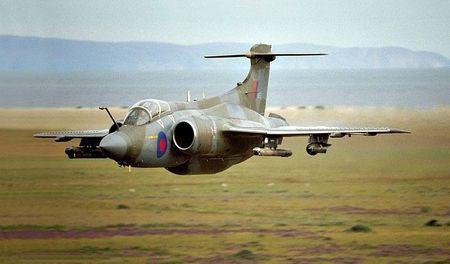 Toujours un Blackburn Buccaneer mais dans la campagne écossaise