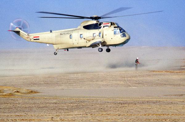 Assurant des missions d'assaut et de transport dans le désert égyptien.