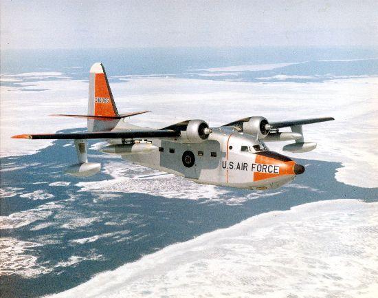 Remarquez la roue rétractée dans le fuselage de ce Grumman SA-16.