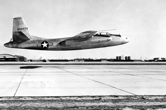 Un North American Aviation XB-45