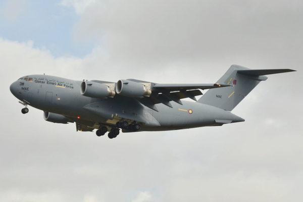 C-17 qatari avec sa livrée militaire (un des 4 C-17 dispose d'une livrée spéciale)