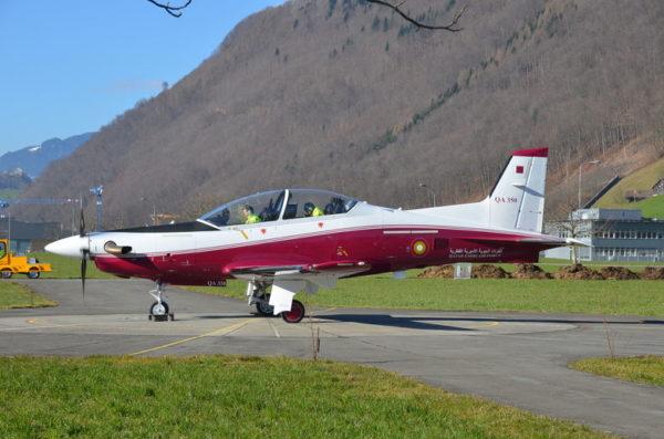 L'un des 2 premiers PC-21 aux couleurs qatari, mais dans un décor helvète