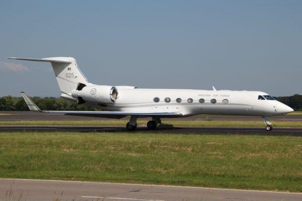 Gulfstream Tp-102D.