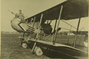 Biplan Farman HF.40 équipé de fusées Le Prieur.