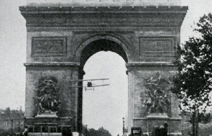 Le 7 août 1919 dans le ciel parisien Nieuport-XI-Godefroy-2_SDASM
