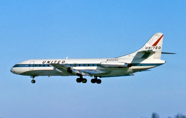 general mitchell airport milwaukee Caravelle