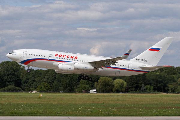 Ilyushin Il-96.FAé Russe