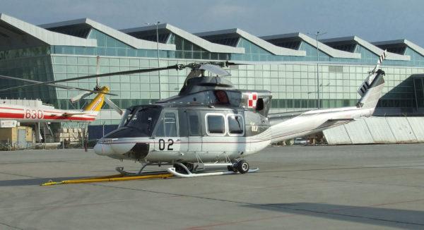 Bell 412HP-Pologne AF_Wikimédia