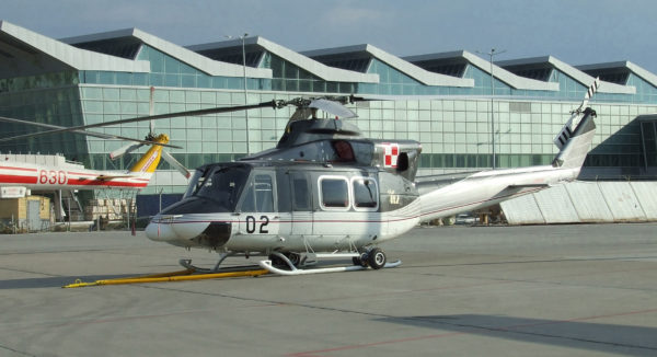 Bell 412HP-Pologne AF_Wikimédia