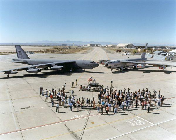 Boeing NB-52B.plus NB-52H_Wikimédia
