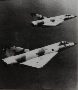 Mirage III-CJ en patrouille.