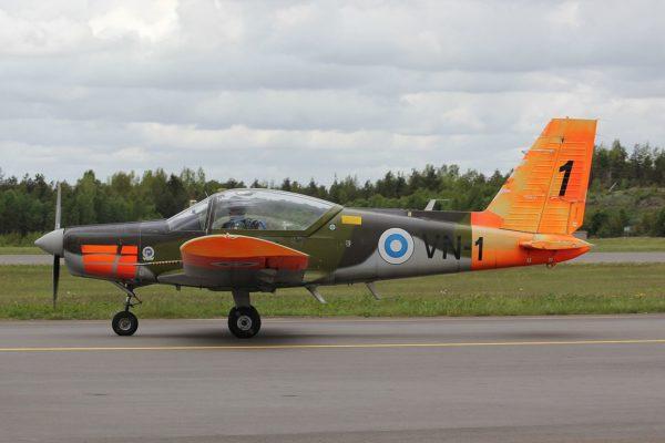 Valmet L-70.Finlande_Wikimédia