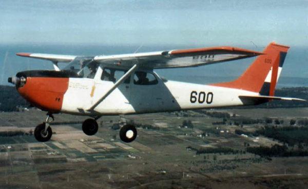 Cessna T-41D Mescalero.