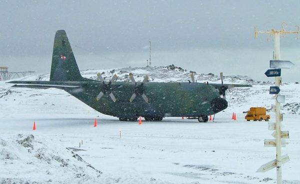 Lockheed C-130B Hercules.