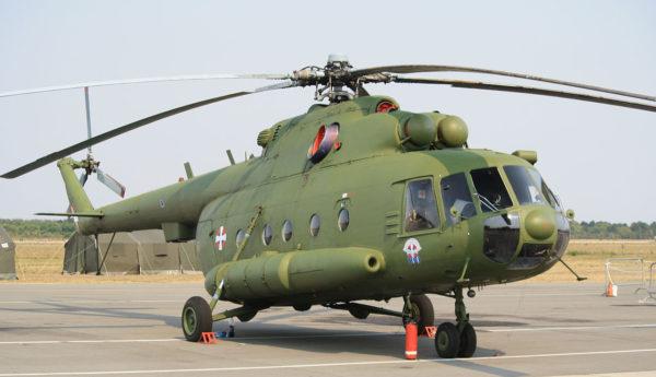 Mil Mi-17.Serbie_Wikimédia