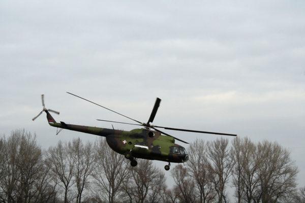Mil Mi-8.Serbie_Wikimédia