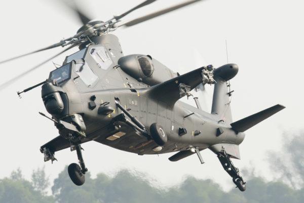 Peu d'hélicoptères ressemblent autant au Tigre que ce Z-10 chinois.
