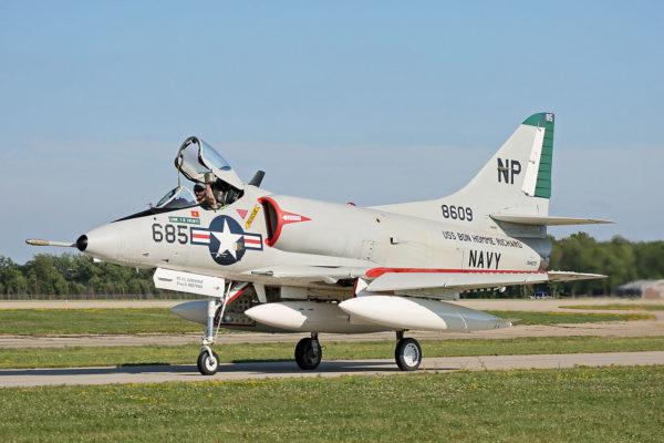 Douglas A4D Skyhawk.