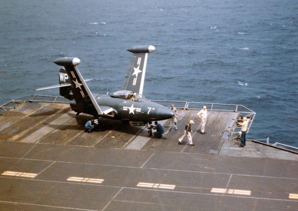 Grumman F9F Panther.