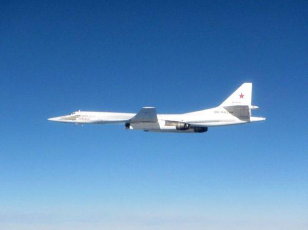 Tupolev-Tu-160-Blackjack.Ecosse.02_UKMoD