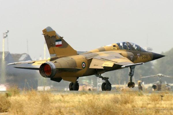Mirage F1-BQ iranien sur son tarmac.