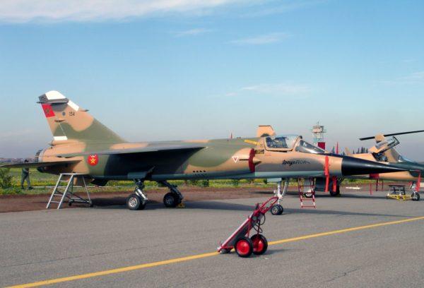 Mirage F1-CH lors d'une présentation publique.