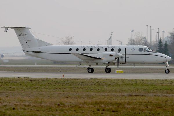 Beechcraft C-12J Huron.