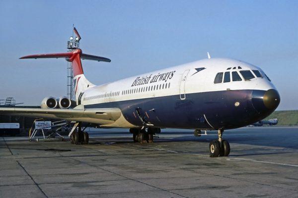 Au jeu des sept erreurs, entre le Vickers VC-10 et...