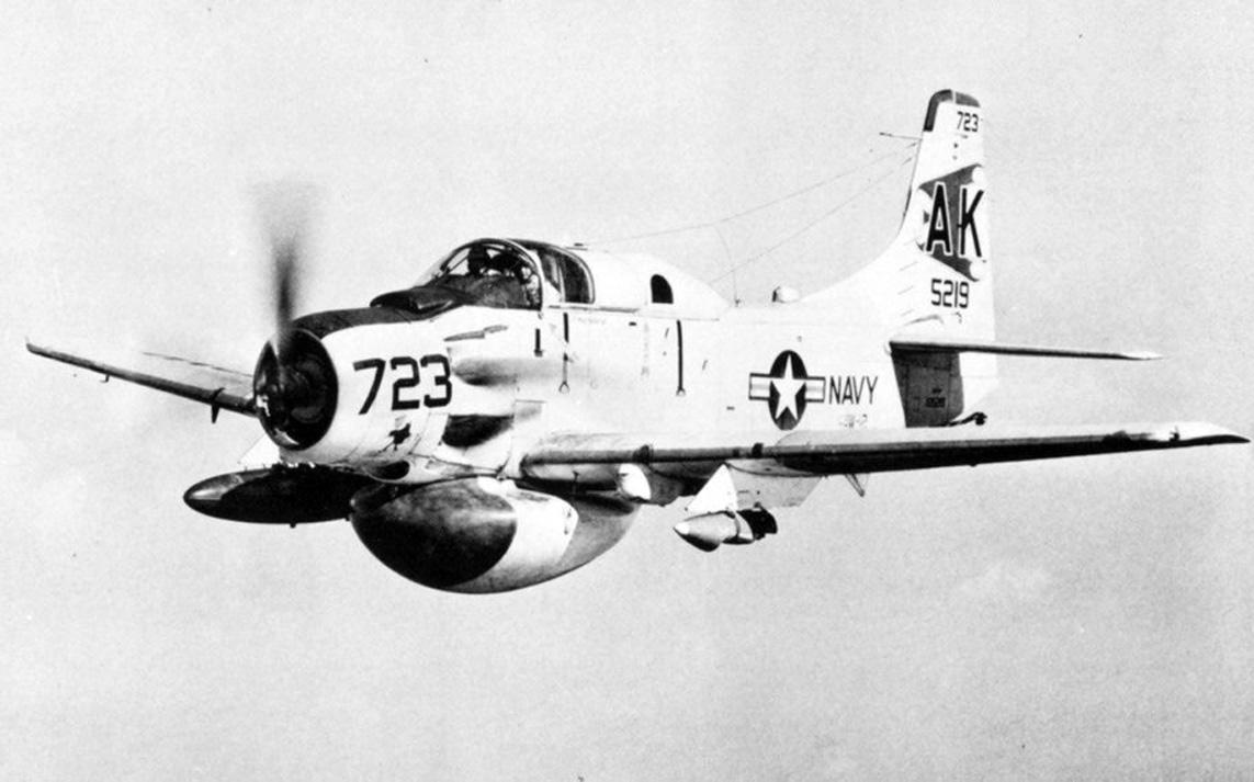 Douglas Ea-1 Skyraider