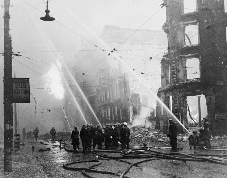 Blitz La Grande Bretagne Sous Les Bombardements Allemands