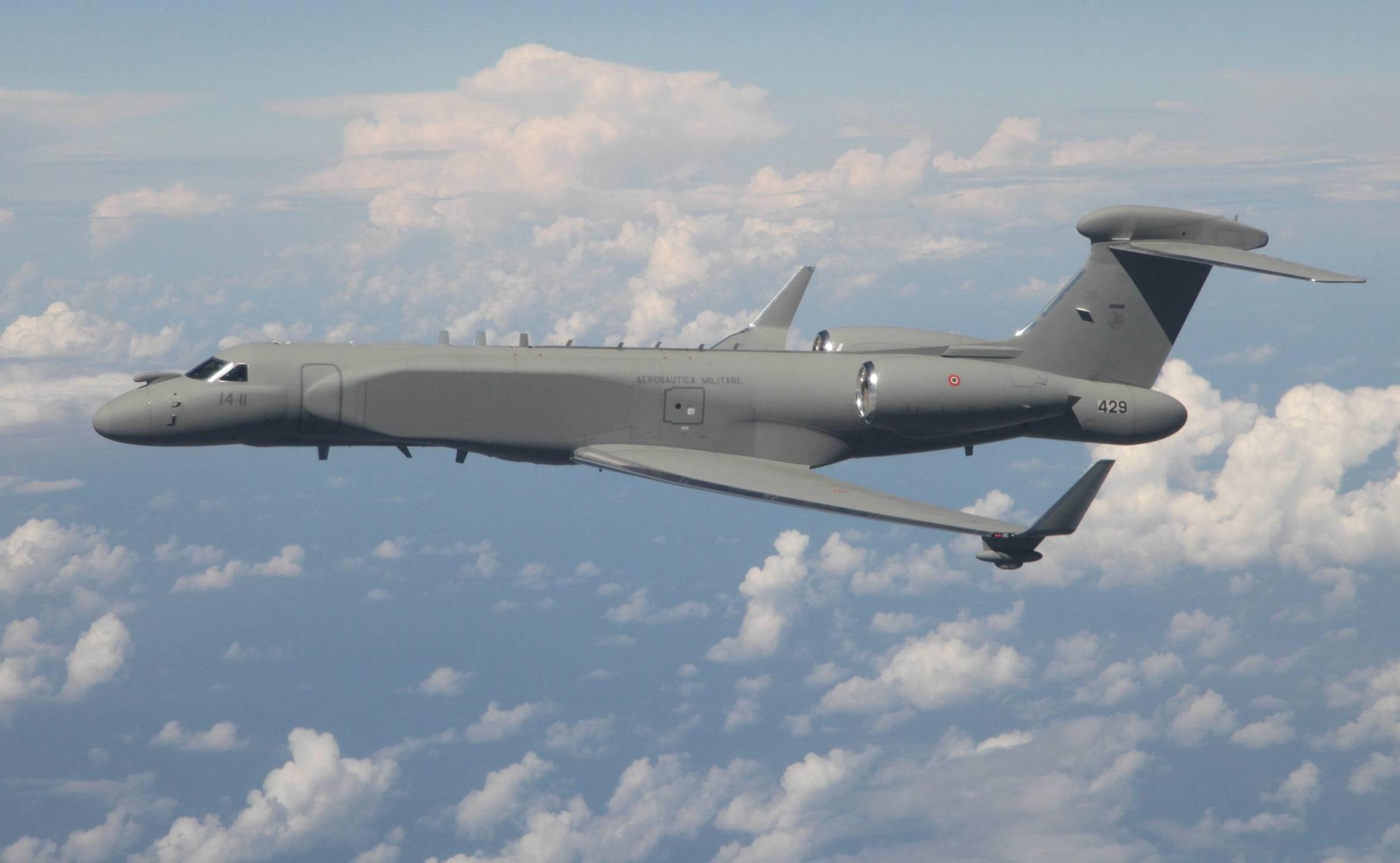 Gulfstream Aerospace G550CAEW - avionslegendaires.net