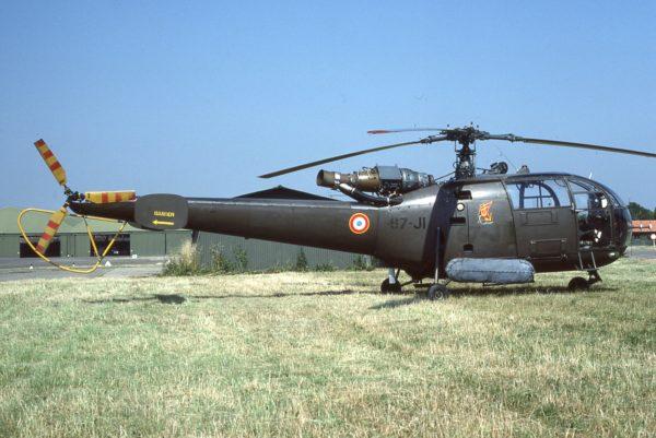 L'actu de la MARINE NATIONALE, de notre défense et de nos alliés /3 Alouette-III-AdlA_SHA-600x401