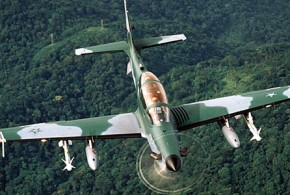 Embraer  EMB 314 Super Tucano - Photo n°2