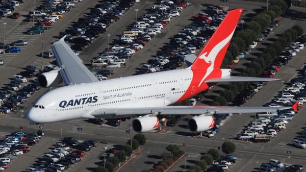 Avec son immatriculation VH-OQD cet Airbus A380 appartient à la compagnie australienne Qantas.