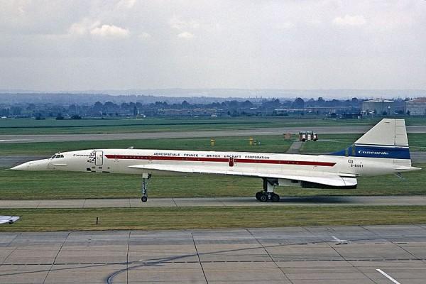 Concorde 002 au roulage.