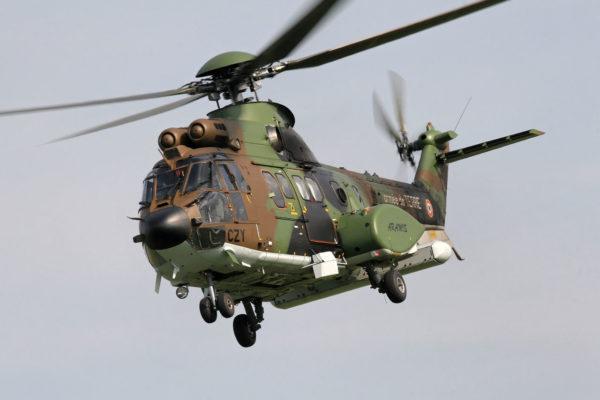 """Cougar Horizon, avec le radar Target en position """"repliée""""."""